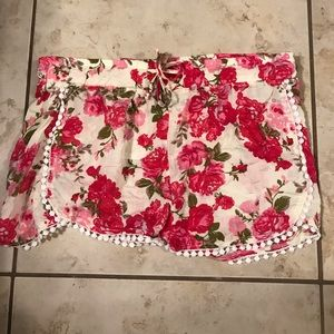 West Loop Pretty Floral Shorts